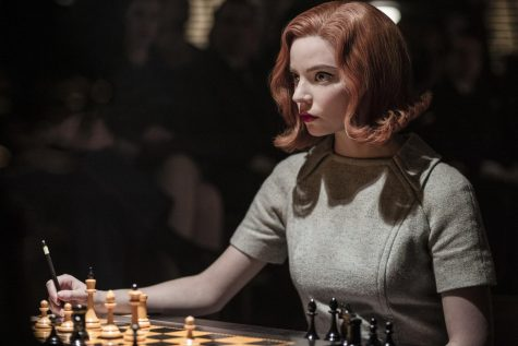 Beth playing Chess Photo Credit: Netflix